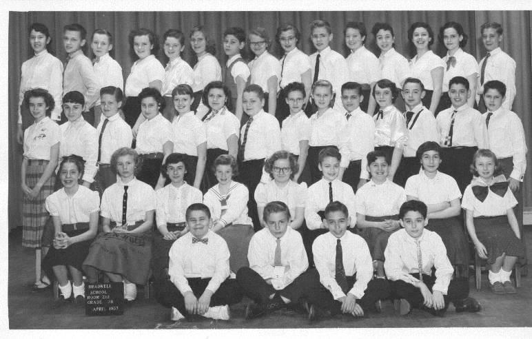 CHUCKMAN BRADWELL CLASS PICTURE - 7B - 1957